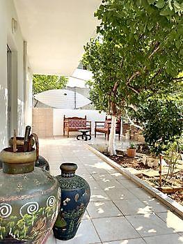 Prachtig terras met schaduw Crete Joy Georgioupolis